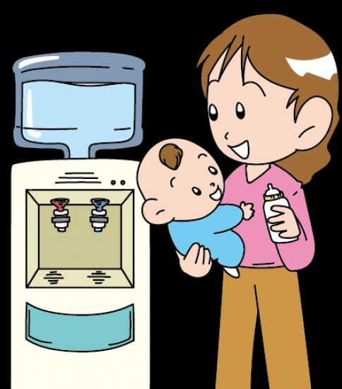 赤ちゃんのミルクにウォーターサーバーを使うお母さん